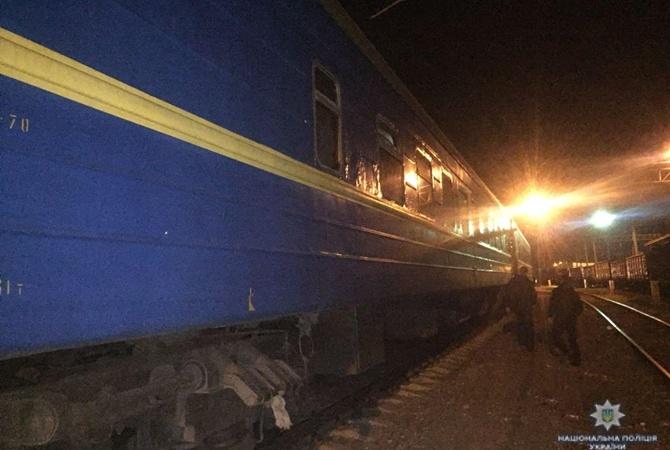 ВОдессе доставлена вбольницу 11-летняя девочка, получившая поражение электротоком накрыше поезда
