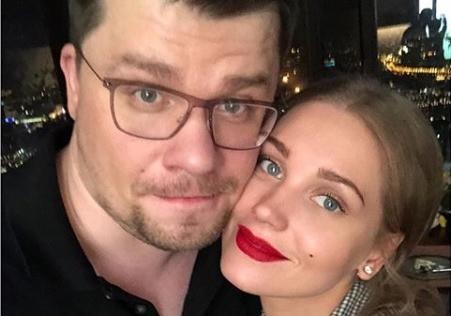 Голая Кристина Асмус удивила почитателей фото спотекшей тушью