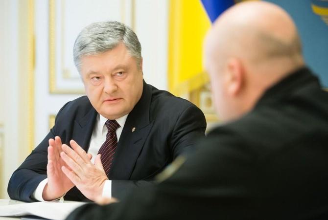 После удачных испытаний «Ольхи» Порошенко наградил Турчинова иразработчиков