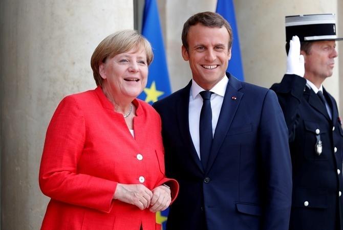 Порошенко встретится слидерами Германии иФранции вАахене 10мая