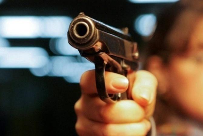 ВДагестане двое полицейских устроили дуэль: ранили друг дружку ипрохожего