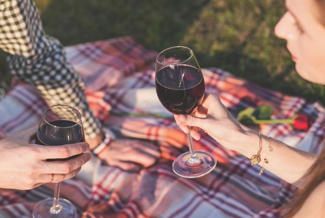 Как похудеть на красном вине? Винная диета для похудения.