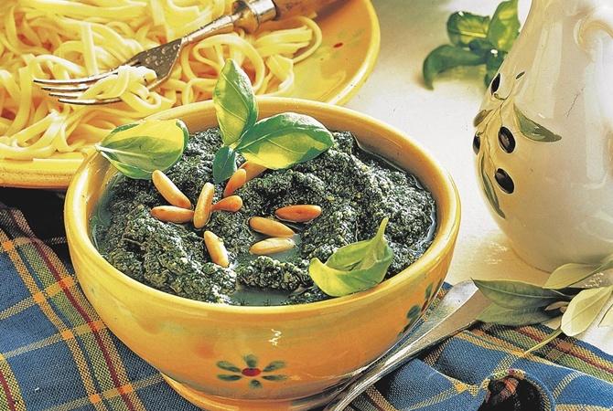 Лучшие рецепты домашних летних соусов