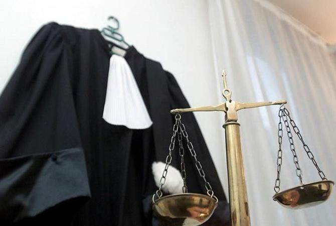 de5bb3bad962 Судьям местных и апелляционных судов разрешат носить летние мантии. Внешне  она будет мало отличаться от обычной, просто будет значительно легче  обычной.