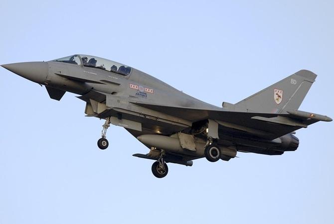Истребитель страны НАТО поошибке выпустил боевую ракету над Эстонией