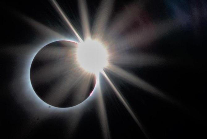 Солнечное затмение 11 августа: на интуицию не рассчитывайте, в путешествия не отправляйтесь