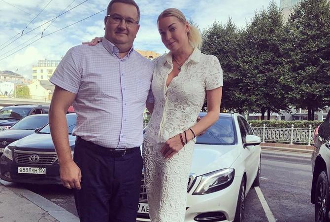 Экс-водителя Анастасии Волочковой приговорили ктрем годам условно