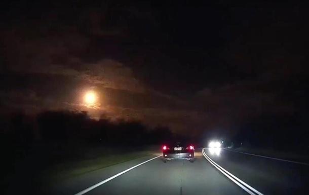 ВАвстралии сняли навидео падающий метеорит