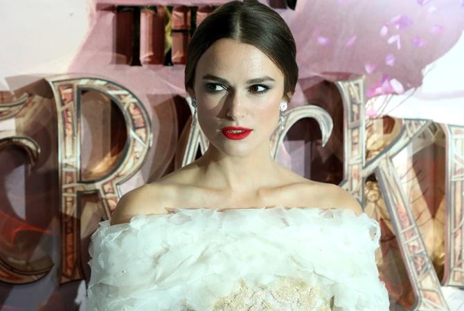 Кира Найтли в изысканном одеяние отChanel: рассматриваем образ артистки