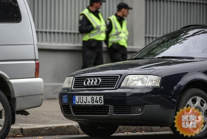 Верховная Рада усилила наказание заавтомобили наеврономерах