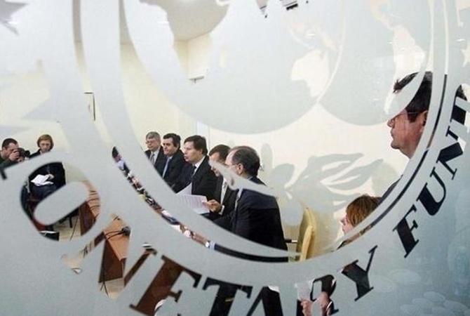 Руководитель НБУ: До 2020-ого года Украина должна отдать подолгам $12 млрд