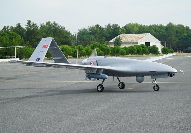 Порошенко: Украина купила уТурции 12 ударных беспилотников