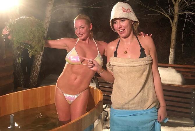 Секс с российскими артистками в гримерках, посмотреть интим фото дам из камышина