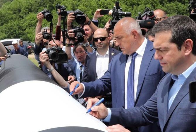 Греция и Болгария построят свой газопровод, чтоб снизить зависимость от РФ