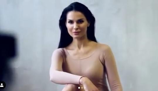 Маша Ефросинина в день 40-летия удивила откровенным снимком