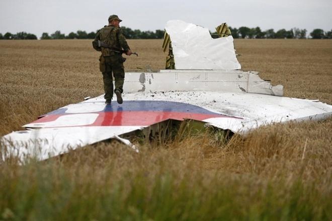Путин опровергает  все свидетельства  поделу MH17