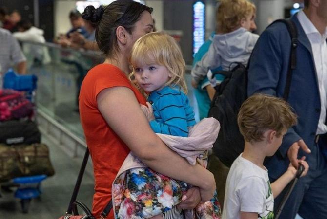 Мать десятерых детей из Украины снова задержали. Теперь- в Азербайджане