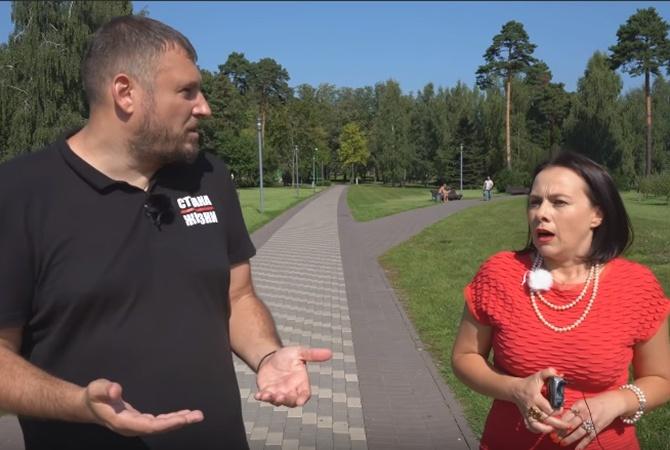 Белорусский депутат – о корпоративах в парламенте: Второй тост за Лукашенко и стоя