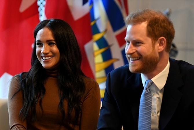Принц Гарри и Меган Маркл будут судиться с изданиями за фото из Канады