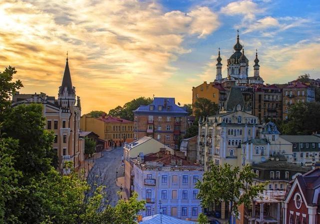 Київські музеї покликали на безкоштовні відвідування