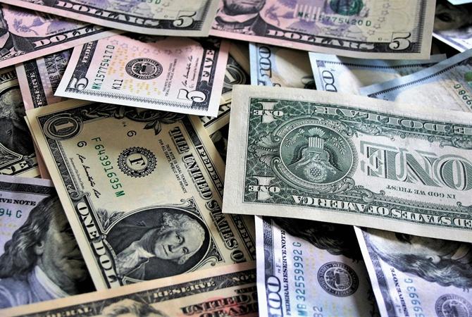 """Картинки по запросу """"И снова рекорд. Доллар преодолел отметку в 2,22"""""""