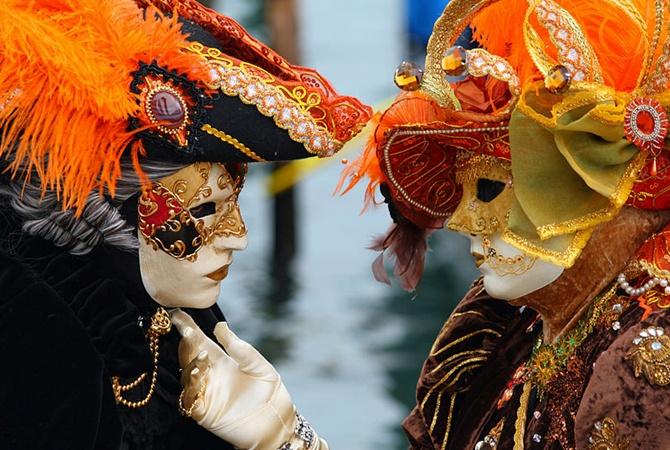 Коронавирус в Италии: власти отменили Венецианский карнавал