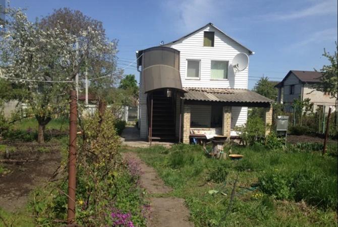 Сбежать от коронавируса: арендовать  загородные дома и дачи стало дороже