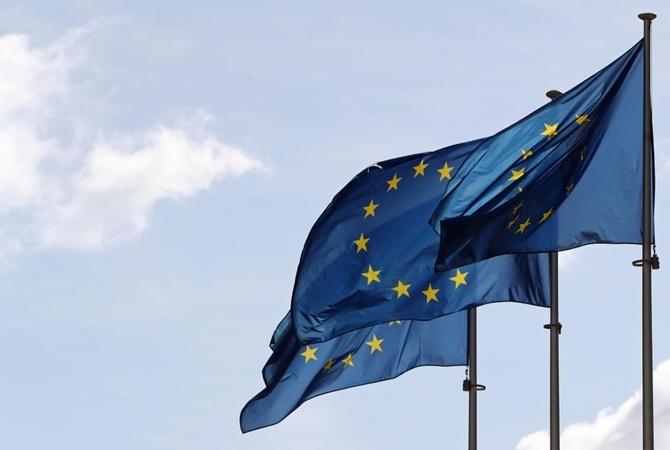 Украина получит 1,2 млрд евро от ЕС на борьбу с коронавирусом. Порошенко намекнул, что это его заслуга