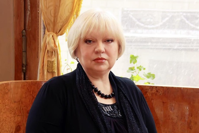 Актрису из фильма  Большая перемена  Светлану Крючкову госпитализировали в больницу