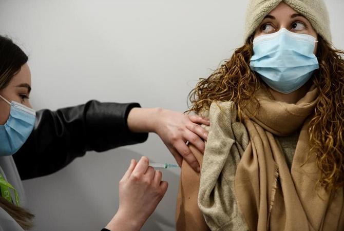 Как встать в очередь на вакцинацию от коронавируса - 3 способа