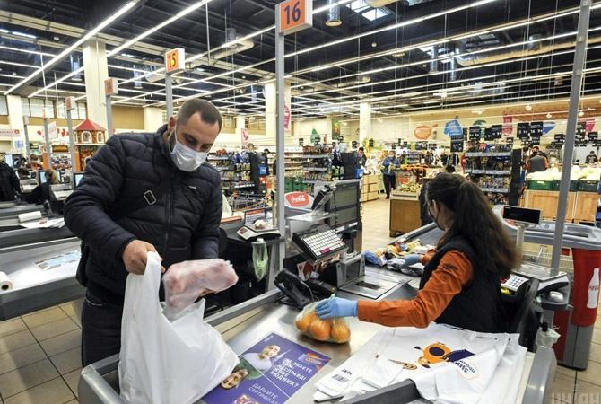 Готовимся к Пасхе: супермаркет против рынка - где продукты свежее и выгоднее